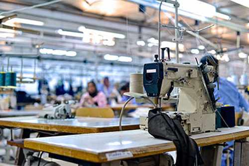 Usine de fabrication de vêtements en Tunisie