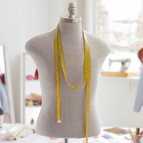 Prototypage de vêtements avec mannequin